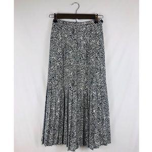 Black & White Printed Skirt